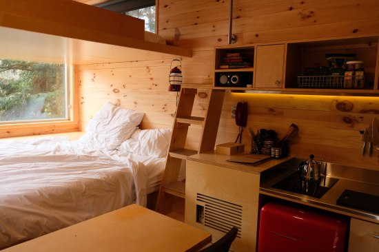 getaway cabin, tiny cabin, beaver creek state park